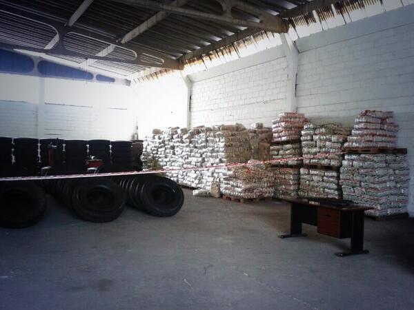 Gobierno incauta toneladas de alimentos en Táchira